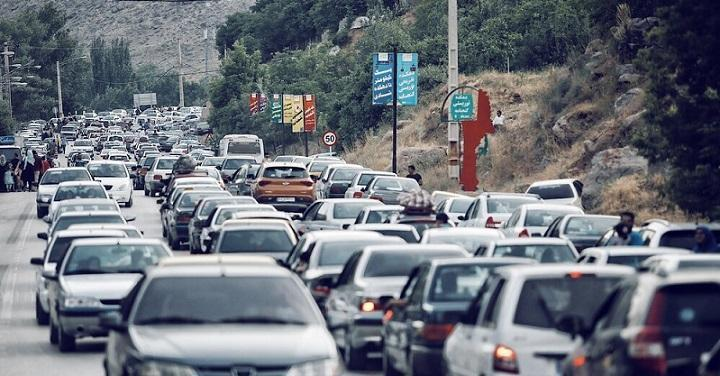 جاده های شلوغ و ترافیک سنگین شمال، کرونا می تازد!
