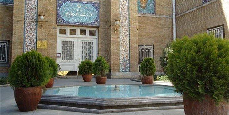 احضار کاردار امارات به وزارت خارجه در پی تیراندازی به صیادان ایرانی و بازداشت خدمه کشتی این کشور از سوی ایران
