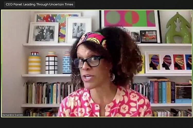 تبعیض نژادی در انتشارات بریتانیا به روایت برنده جایزه بوکر