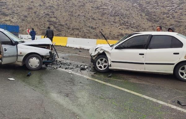 خبرنگاران تصادفات جاده ای همدان 19 مصدوم برجا گذاشت