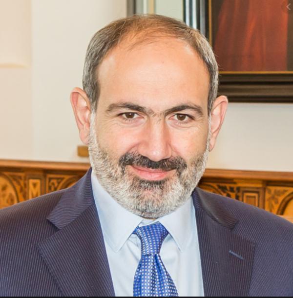 اعتراف نخست وزیر ارمنستان به خرید جنگنده از روسیه