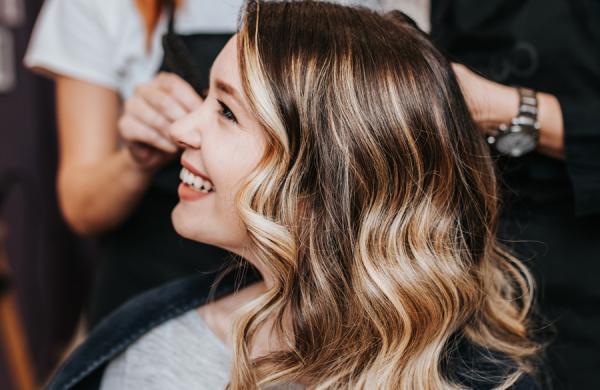 9 مدل رنگ موی ترند 2021 برای سال جدید