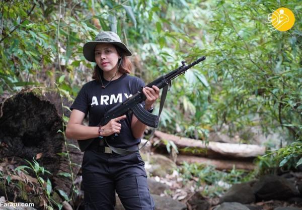 (تصاویر) ملکه زیبایی میانمار با اسلحه به جنگ حکومت نظامیان رفت