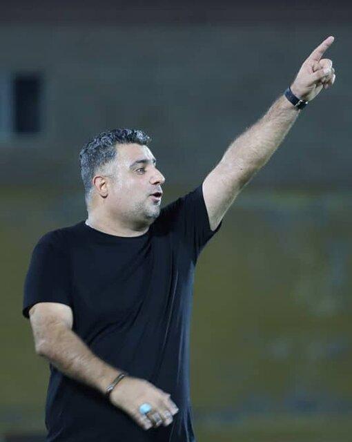 استقلال ملاثانی در اختیار اداره کل ورزش یا هیات فوتبال خوزستان قرار گیرد