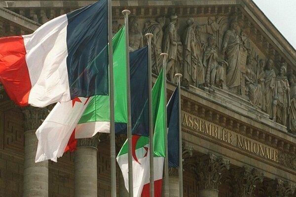 الجزایر سفیر خود را از پاریس فرا خواند